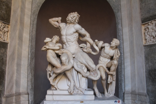 Laocoön Pliny the Elder records that this was sculpted on Rhodes. Laocoön was a Trojan priest of Apollo who warned against bringing in the wooden horse left by the Greeks. Athena and Poseidon sent two sea snakes to kill Laocoön and his sons, prompting Aeneas to flee Troy and eventual found Rome.