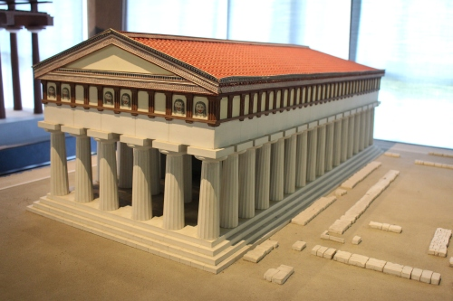 Model recreating the Temple of Apollo on Ortygia