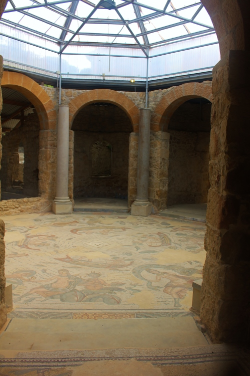 The octagonal frigidarium, the cold pool of the private baths